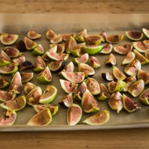 Roast fig, Greek yoghurt free for puff tart-400x400-3
