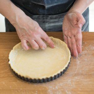 mixed-berry-yoghurt-cheesecake_portrait-1