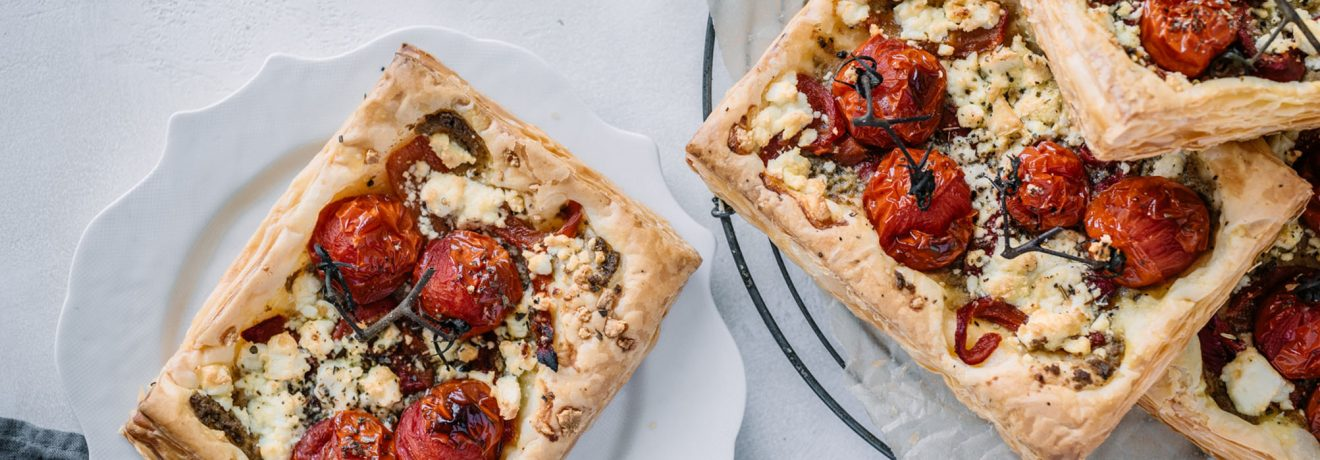 Mediterranean Puff Pizza with Puff Pastry