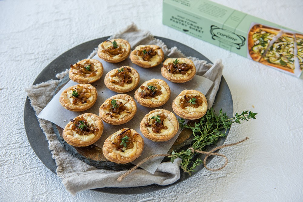 Caramelised Onion Tartlets with Carême Sour Cream Shortcrust Pastry