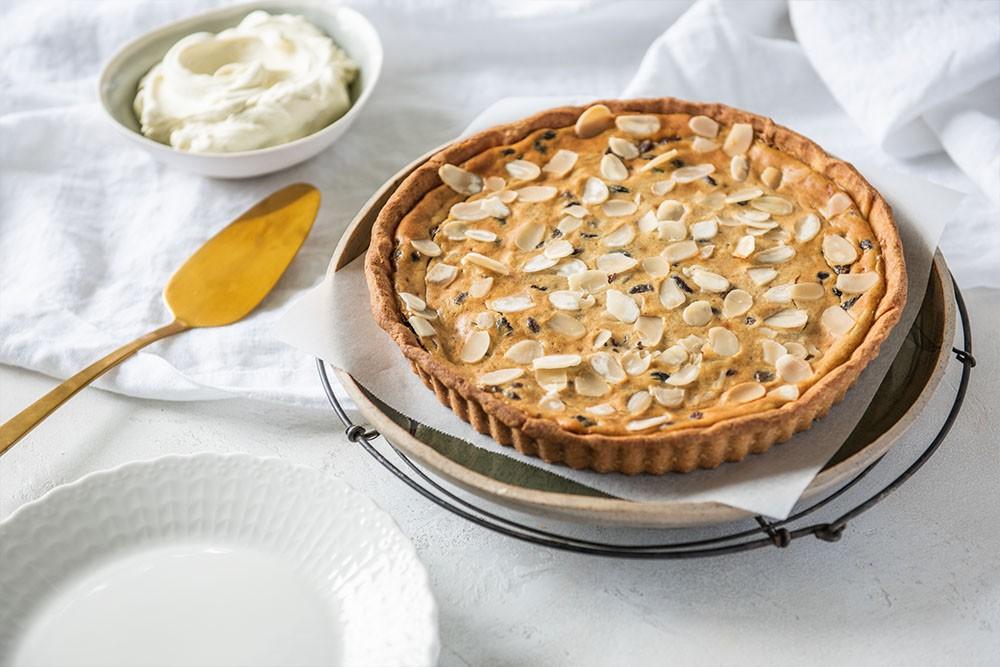 Christmas Pudding Cheesecake Tart with Carême Vanilla Bean Shortcrust Pastry